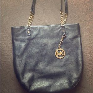 Black Michael Kors tote bag